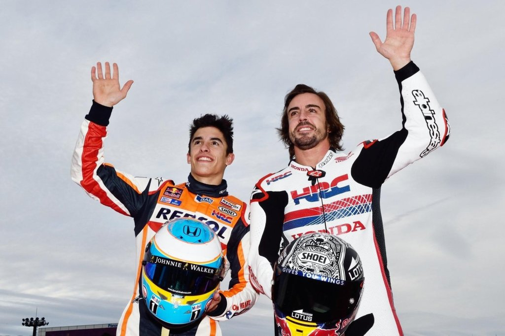 fernando-alonso-with-motogp-champion-marc-marquez